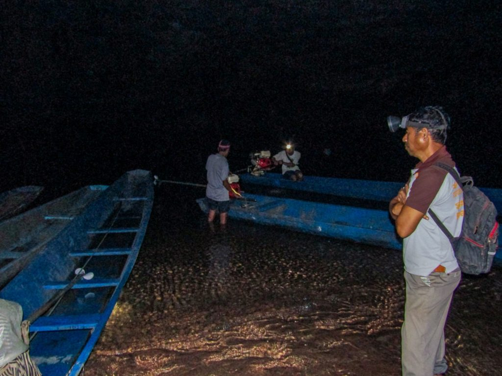Boat landing area inside the Konglor Cave