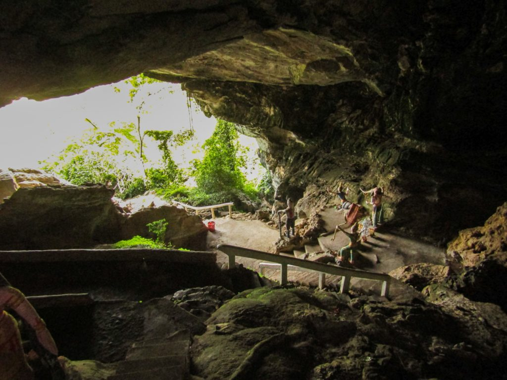 Inside the Xhang Cave