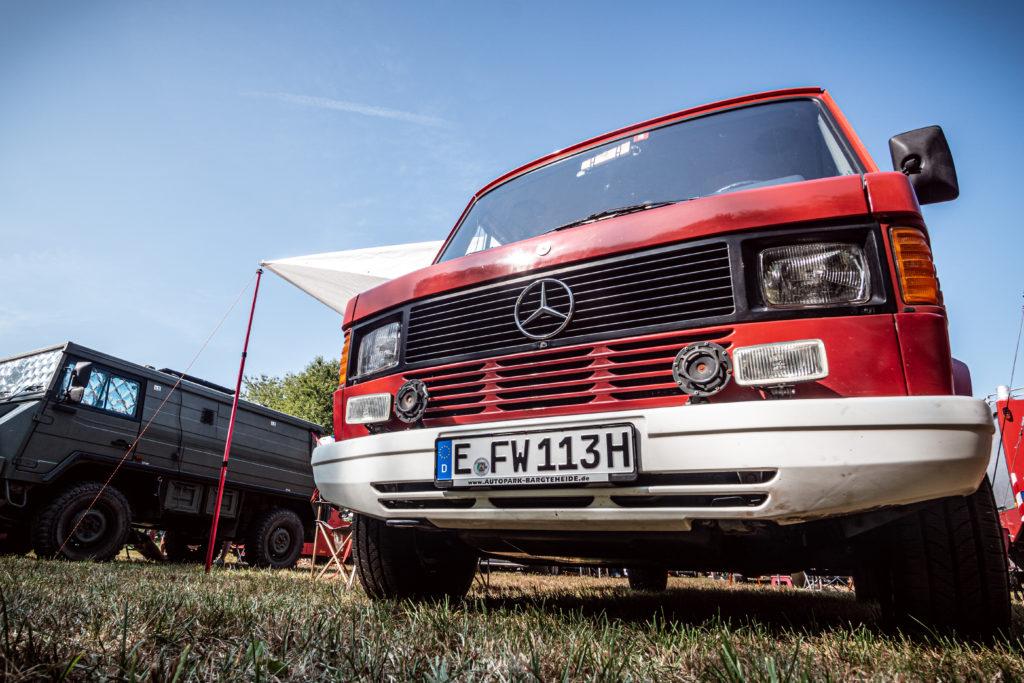 Ehemaliges Feuerwehrauto Mercedes T1 310 umgebaut als Wohnmobil mit H-Zulassung